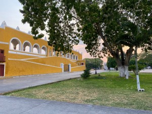 No tourists in Izamal right now!